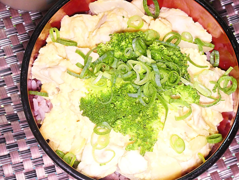 ブロッコリー親子丼